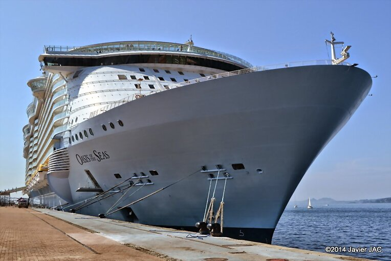 "I get to Vigo The super mega cruise ""Oasis of the"