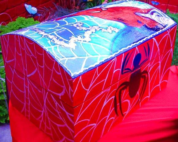 El fotolog de wawart for Cuartos decorados hombre arana