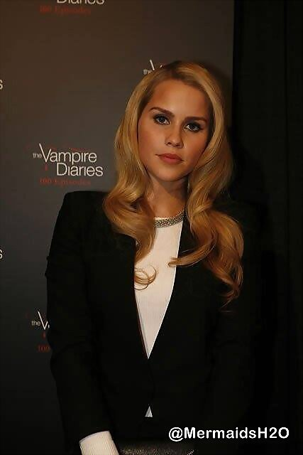 Claire Holt - The Vampire Diaries 100th Episode