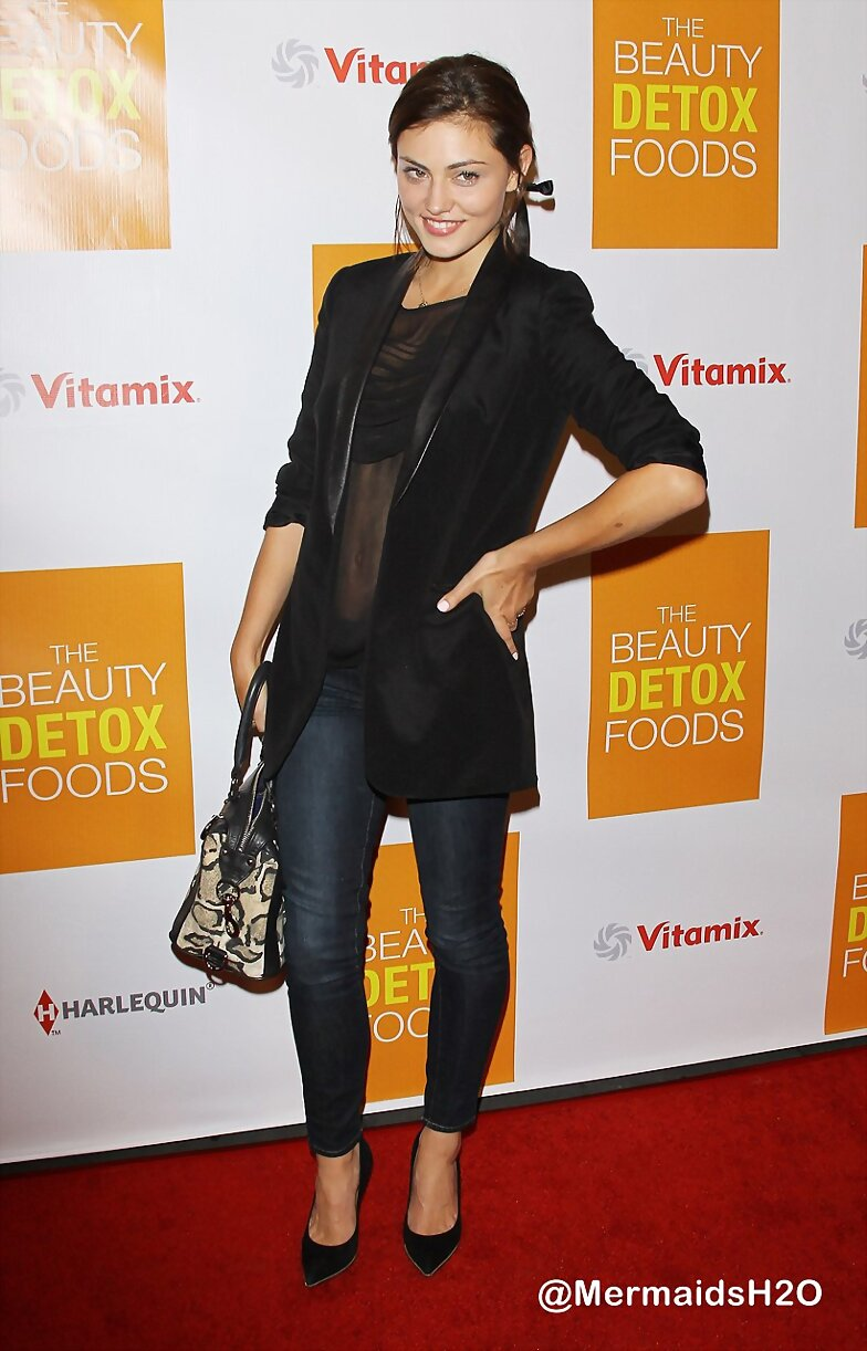 Phoebe Tonkin -Book Launch Party for The Beauty...