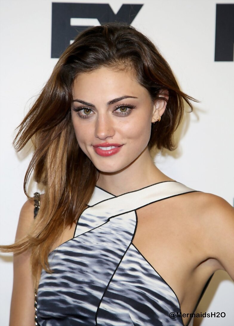 Phoebe Tonkin - Comic-Con Party (July 19, 2013)