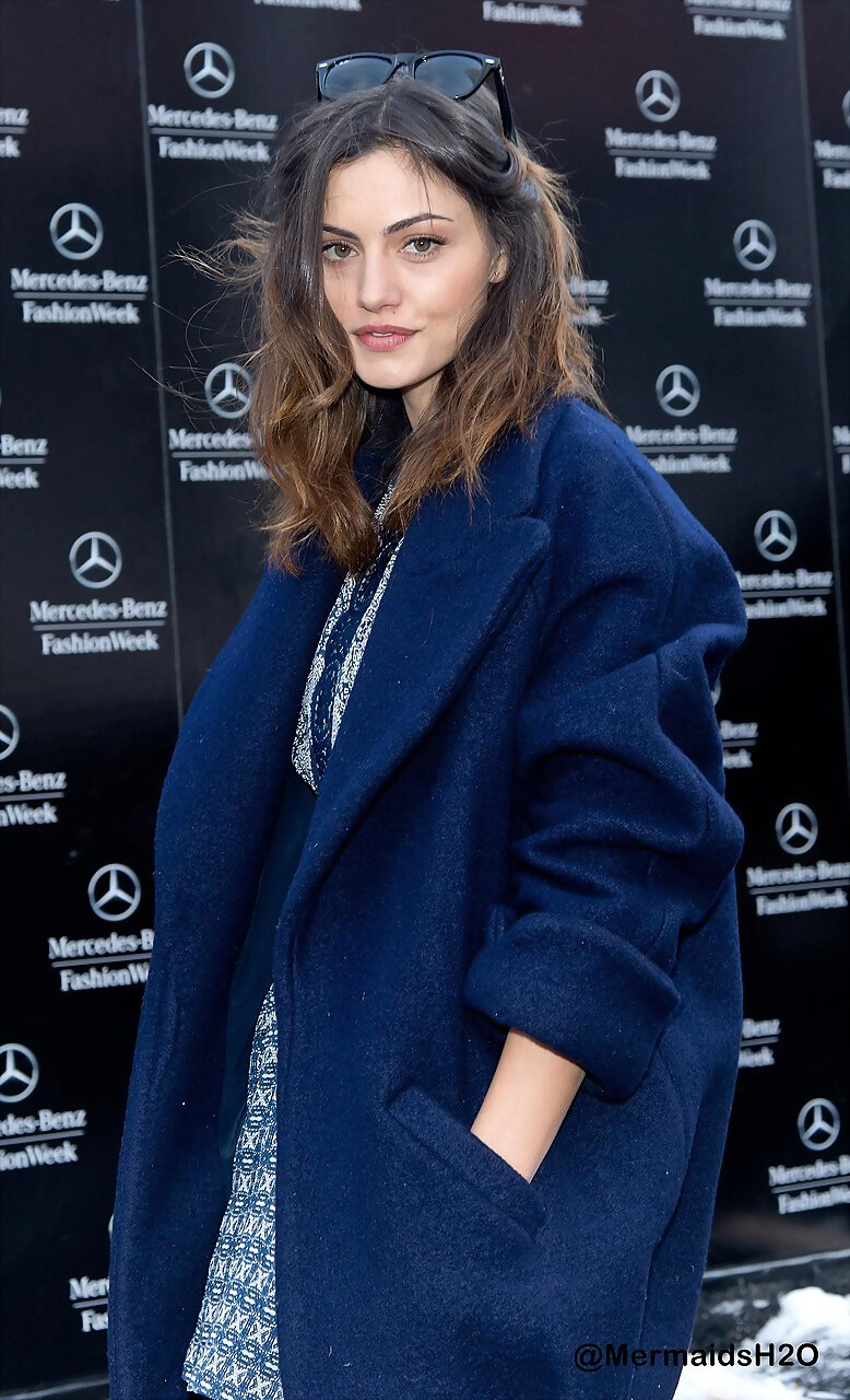 Phoebe Tonkin-Mercedes-Benz Fashion Week Fall 2014