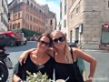 Claire Holt y su hermana en Italia | July 2018