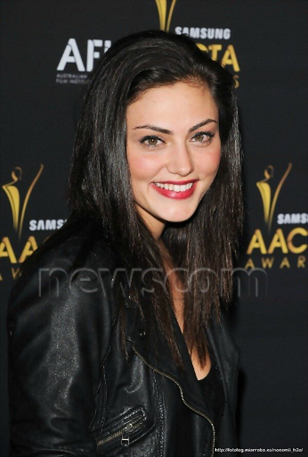 Phoebe Tonkin - Australian Academy Of Cinema And..