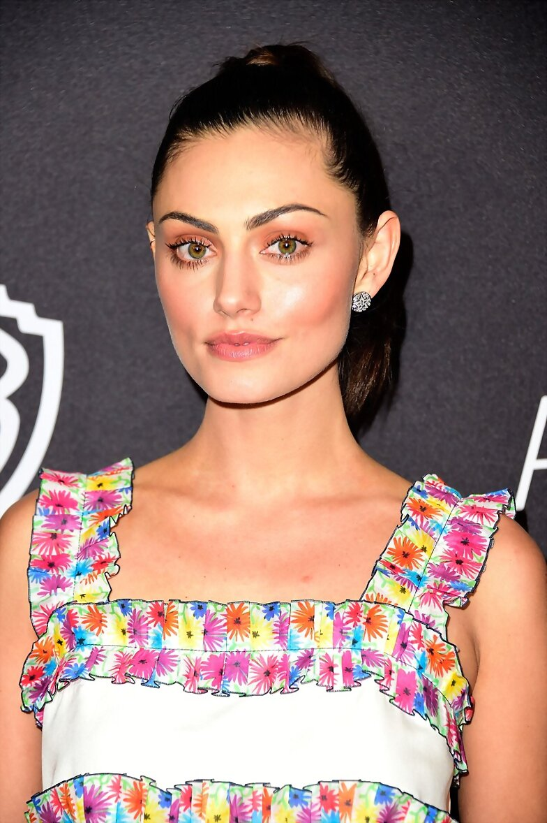Phoebe Tonkin - 2016 InStyle Golden Globes party