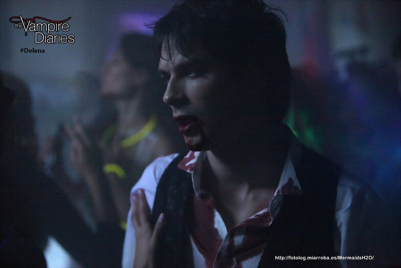 "Crónicas Vampíricas 4x04 ""The Five"""