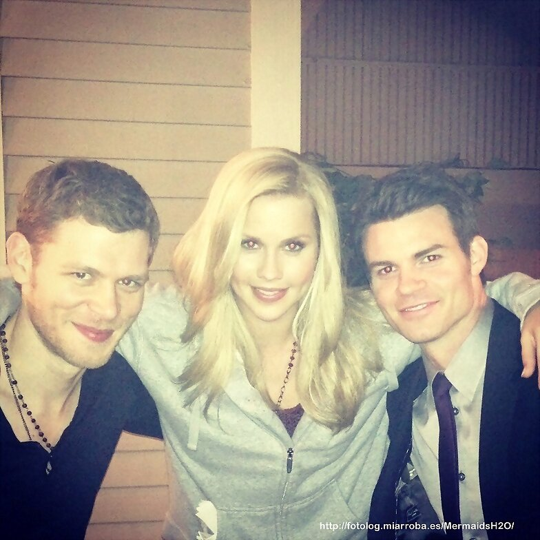 Claire Holt en el set de The Originals (Season1)