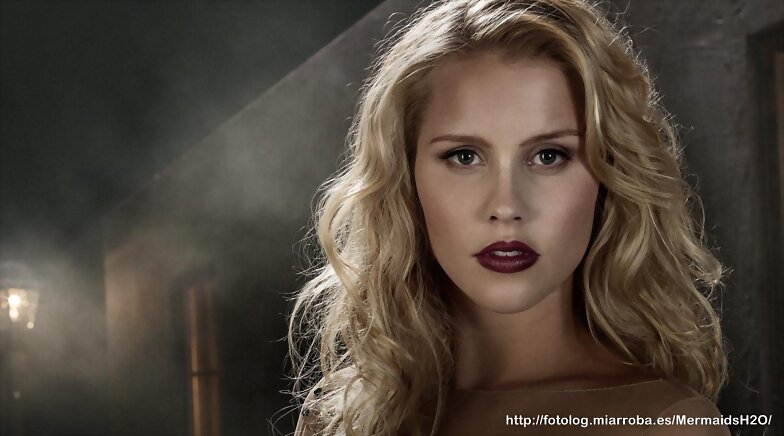 Foto promocional de Claire Holt en The Originals
