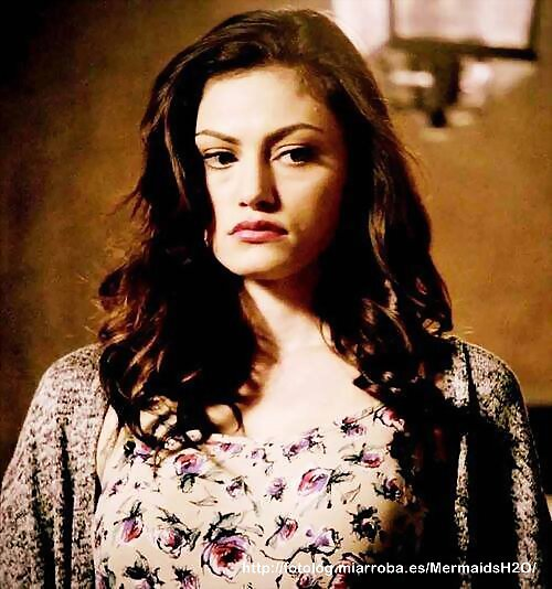 Phoebe Tonkin en el episodio 1x12 de The Originals