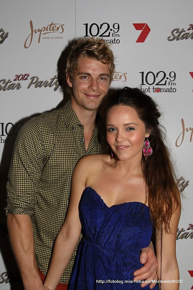 Luke Mitchell & Rebecca Breeds - The 102.9 Hot T..