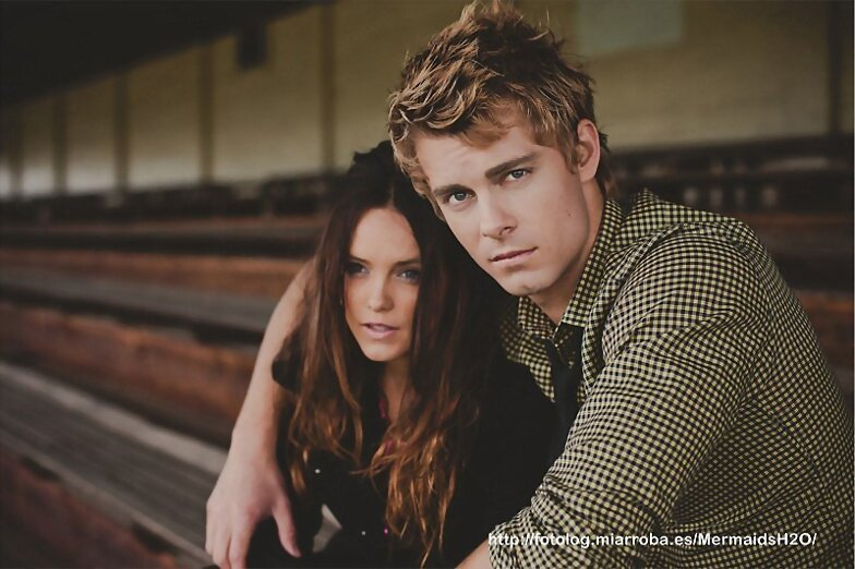 Luke Mitchell photoshoot para Berenner Liana 2012