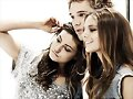 Phoebe Tonkin, Lincoln Lewis & Caitlin Stasey
